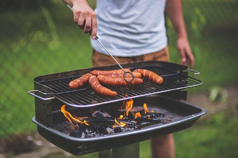 choisir barbecue électrique, gaz ou charbon