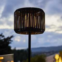 lampadaire lumineux solaire TRAILY gris polyrotin - H150cm